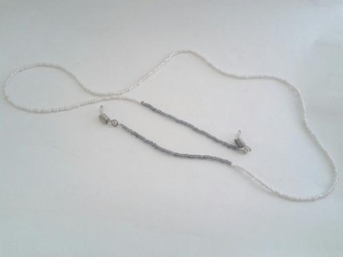 segura óculos/salva óculos miçangas cinza e branco