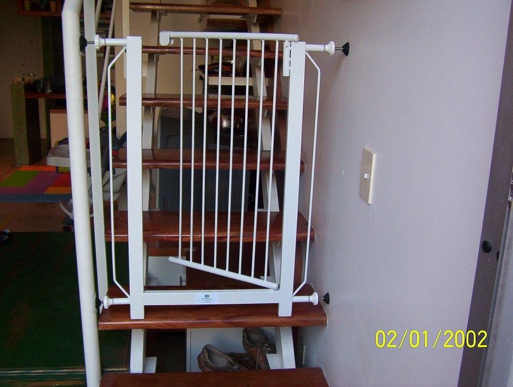 Puertas para escaleras proteccion seguridad puerta barrera - Puertas de seguridad para ninos ...