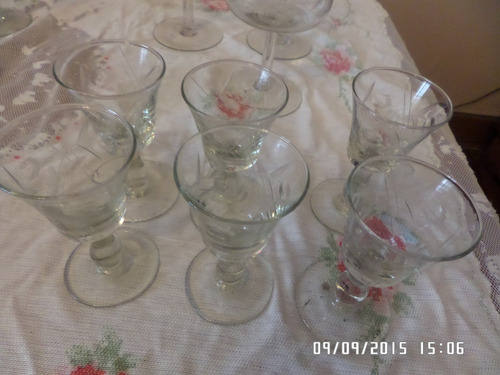 seis copitas de bajativo cristal yungay.......
