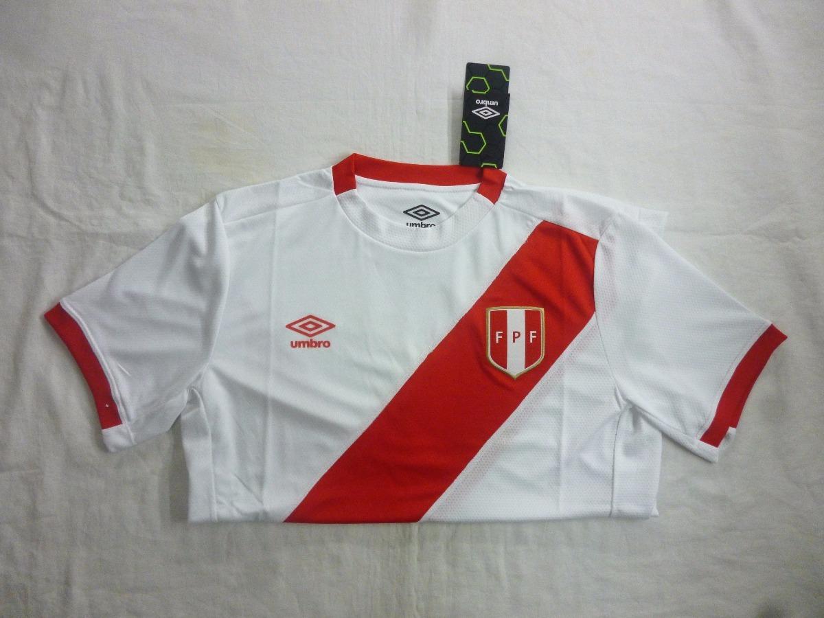 42fd2bdde7125 Cargando zoom... camiseta selección peruana de fútbol umbro original new  2017