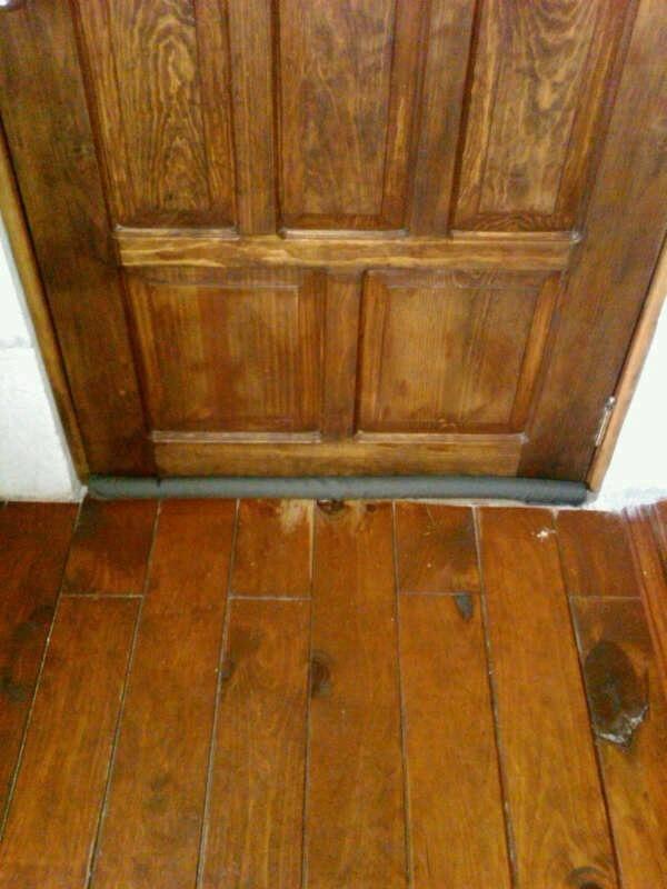 Sella puertas para puertas sin tornillos ni clavos mdn for Perchas para puertas sin agujeros