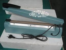 selladora de impulso de 20 cm de ancho con cortador