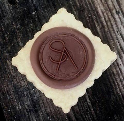 sello para chocolate y reposteria, personalizado