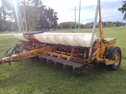 sembradora agrometal tx 11 a 42 con monitor. muy buen estado