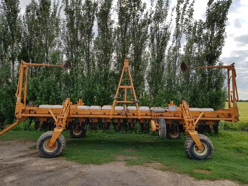 sembradora cele plus 7000 14 a 52 lista para trabajar