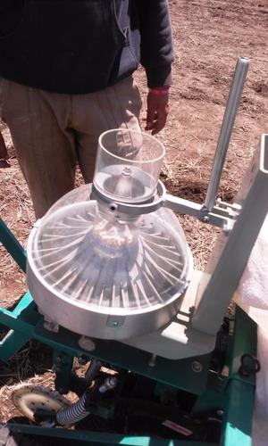 sembradora de 1 surco autopropulsada para ensayos