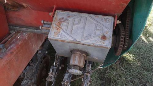sembradora de granos finos de 25 a 17.5 con alfalfero