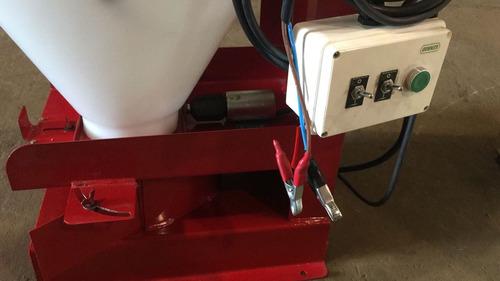 sembradora eléctrica de pasturas y cebos tecnoforraje