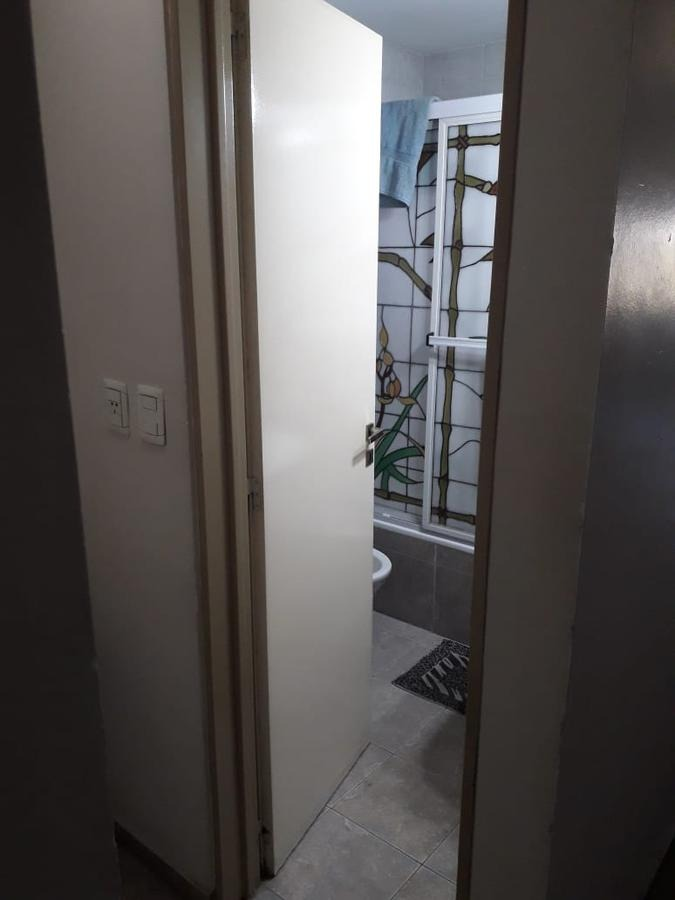 semi-piso 2 dorm y 57 mts 2-apto banco - la plata