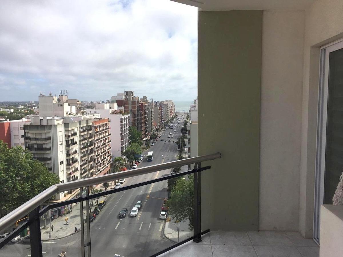 semi piso de 2 ambientes amplio con hermosa vista, la perla
