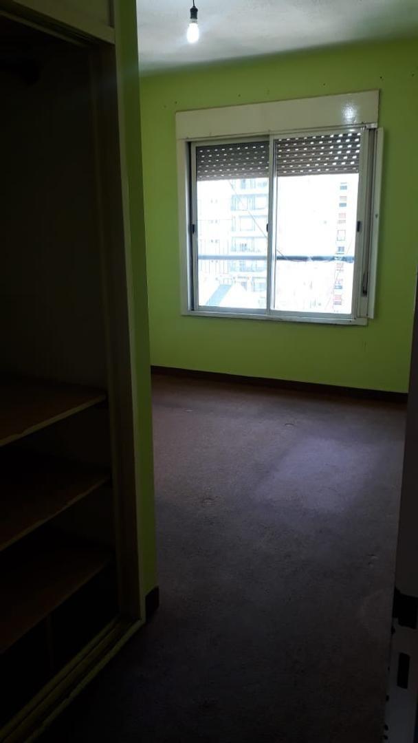 semipiso 2 ambientes con cochera. quilmes centro