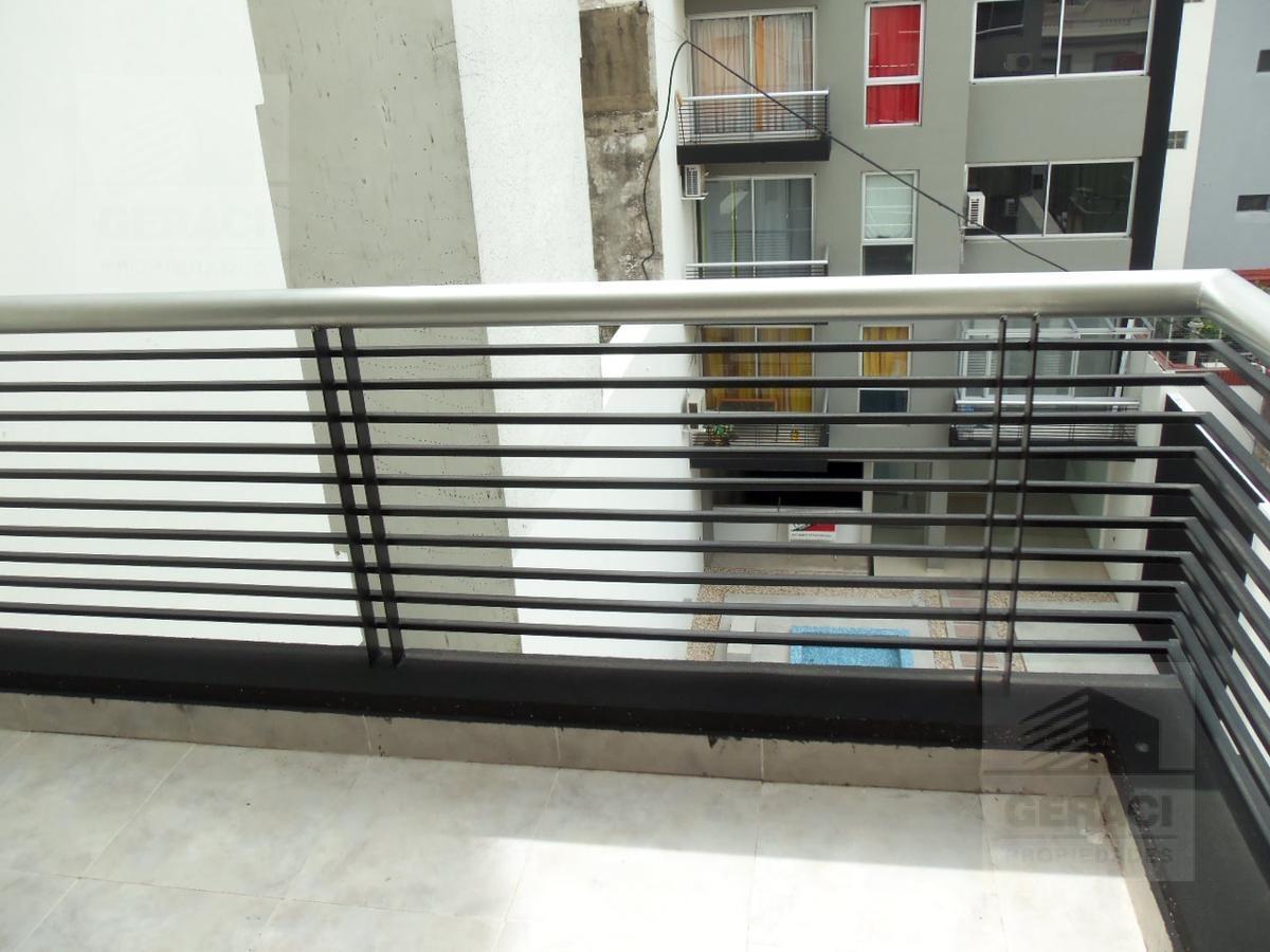 semipiso de 2 ambientes con balcón - caballito