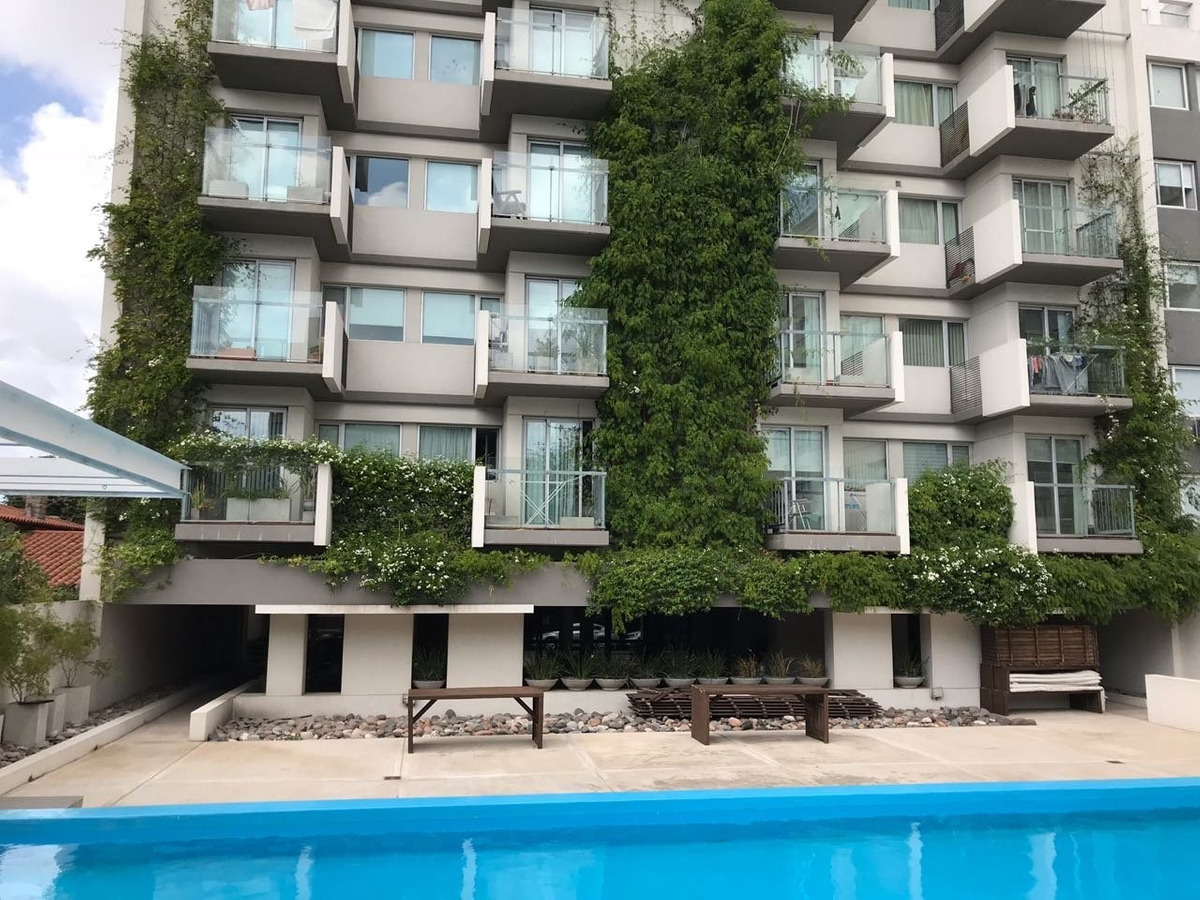 semipiso de 3 ambientes con balcón
