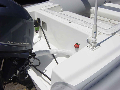 semirrigido kiel 5,6 matrizado con mercury 60 hp 4tiempos