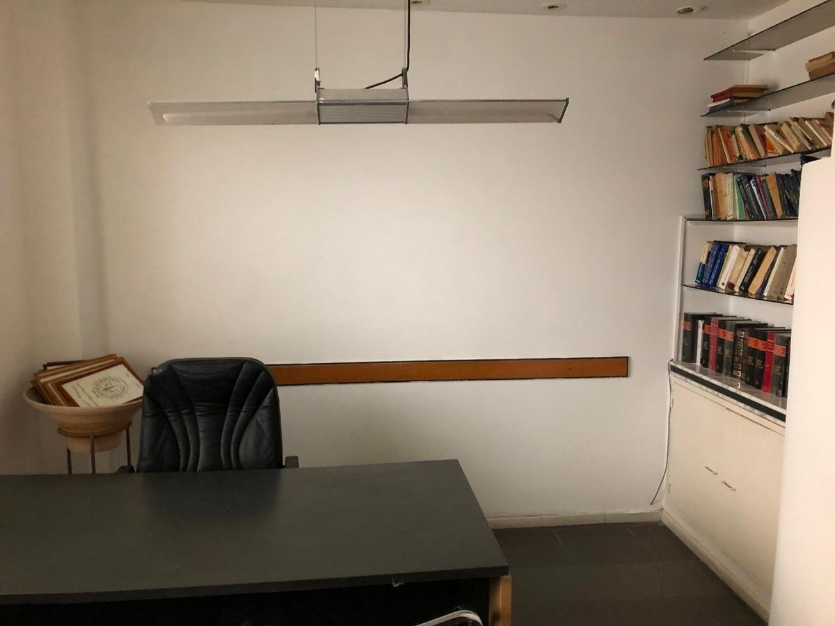 señorial oficina de 70 mts a escasos metros de tribunales
