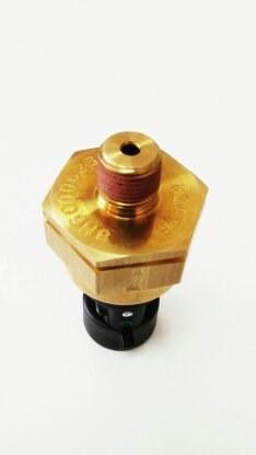 sensor presion de agua # 8m6000623. mercury mercruiser