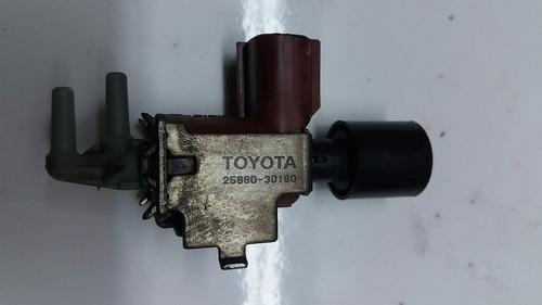 sensor válvula vácuo ar  toyota hilux 2014    2586030180
