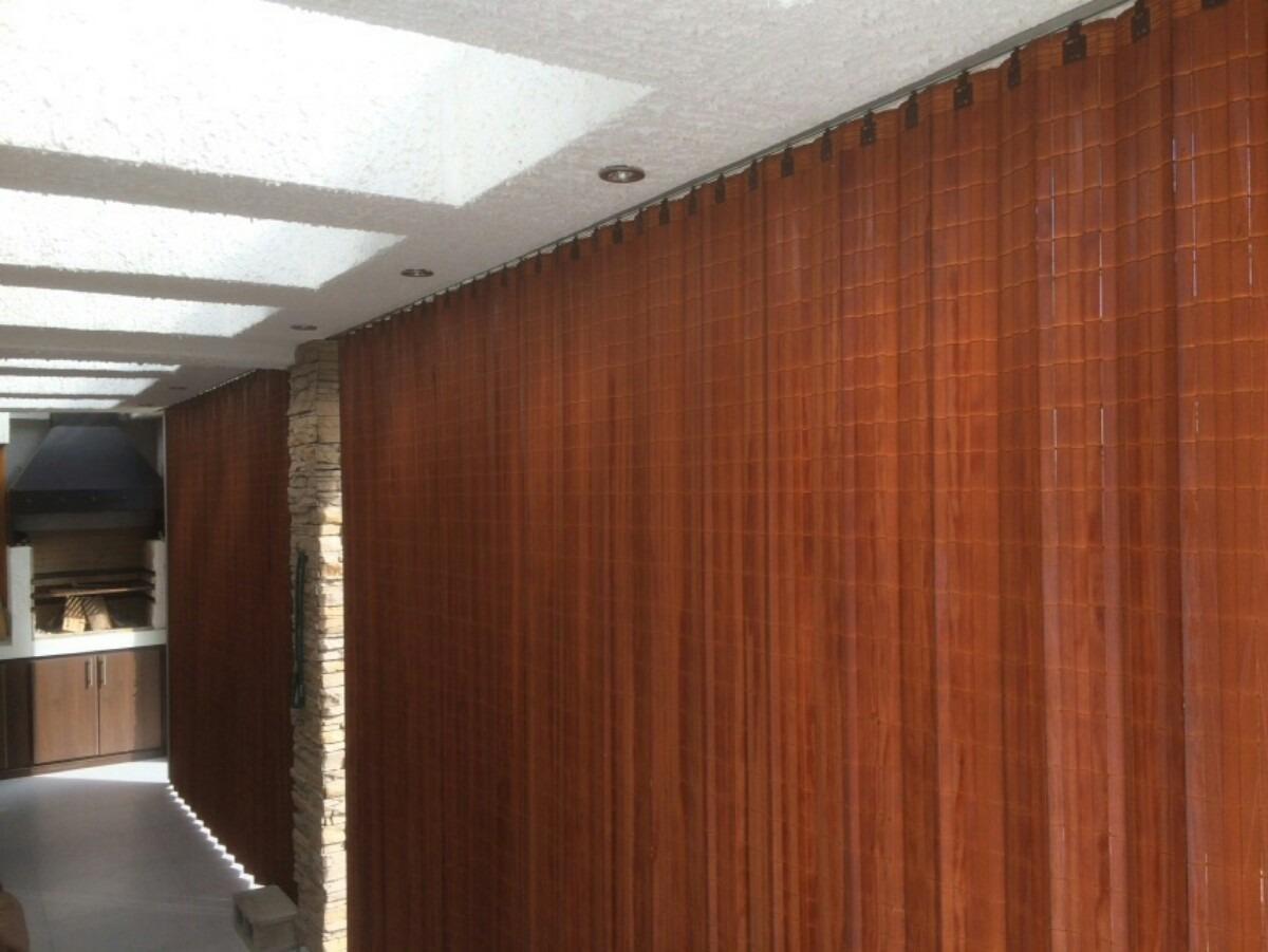 Separador de ambientes persianas hanga roa for Ganchos para cortinas de madera
