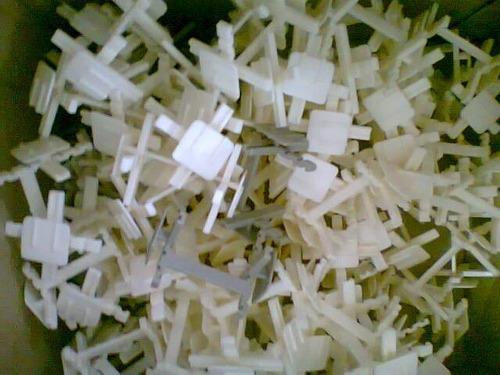 separadores plásticos para ladrillos de vidrio x 25un