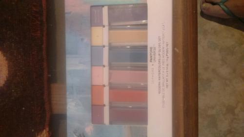 sephora+pantone universe lip gloss set recién llegados usa