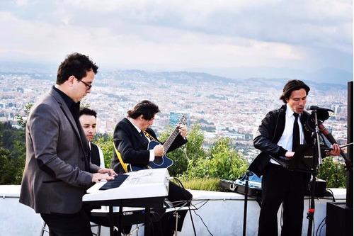serenata bogota.show musica en vivo. moderno y rumba,bohemio