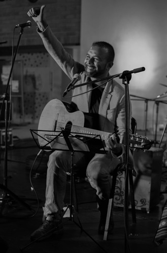 serenata medellín, presencial o virtual, cantante antioquia