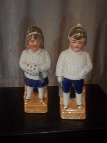 (sergioschw) casal em porcelana alemã, gravado na peça