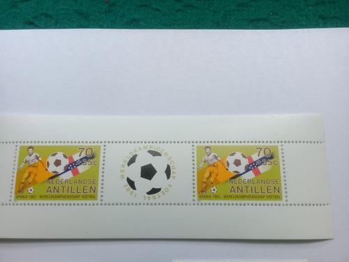 serie de 4 sellos y 1 bloque de antillas holanda  mundial 82
