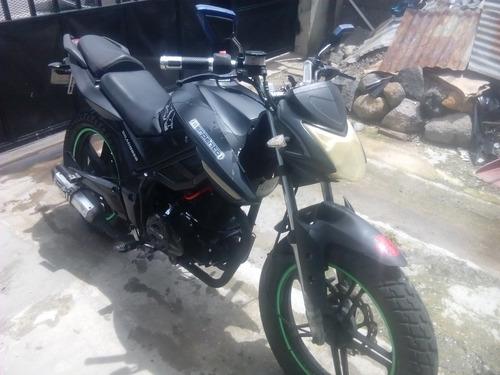 serpento draco 250cc se vende o se cambia se puede dar vuelt