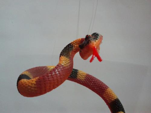 serpiente de goma grande var.
