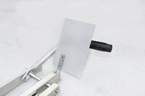 serra tábua mini - ideal para esquadrejar a tora!
