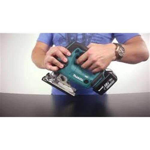 serra tico-tico makita a bateria 14.4v li-ion profissional 1