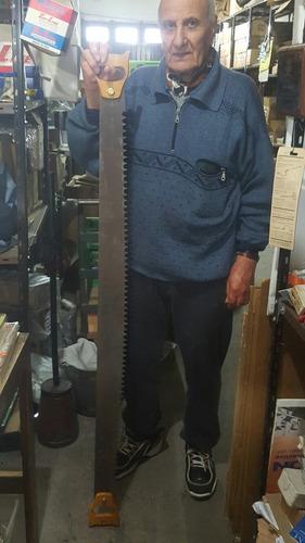 serrucho de 1.6metros nuevo sin uso dos personas antiguo