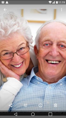 servicio adulto mayor seguro