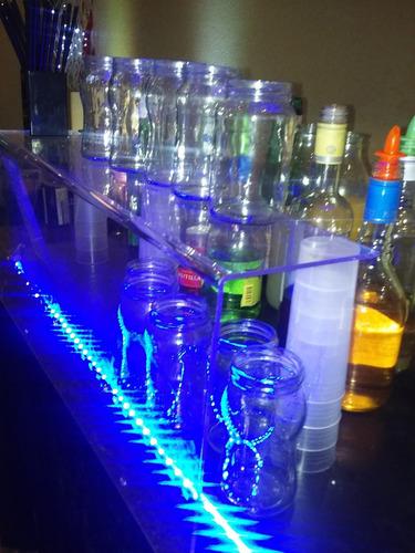 servicio barman bartender con todo lo necesario cap-prov