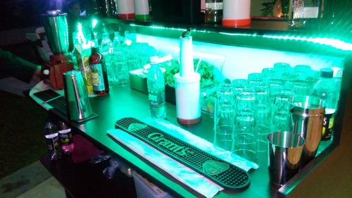 servicio barra móvil, bartender, sifon de cerveza, cócteles