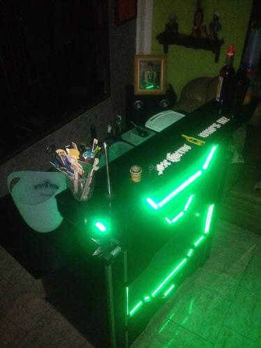 servicio barra móvil led, cocteleria, bartender, fiestas.