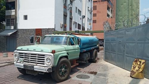 servicio cisterna 10.000 litros de agua potable