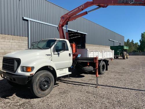 servicio de alquiler de camión con hidrogrúa