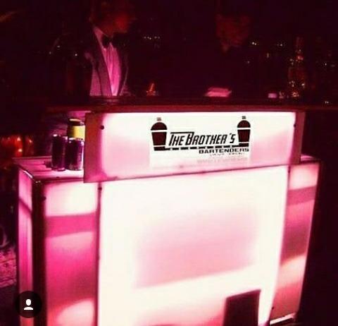 servicio de bartender, show, barra móvil, cocteles, eventos