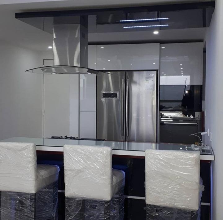 Servicio De Carpinteria Diseño De Cocinas, Baños, Closet ...