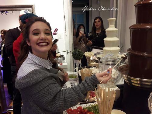 servicio de cascadas de chocolate para todo tipo de eventos