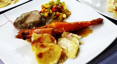 servicio de catering alimentación institucional y eventos.
