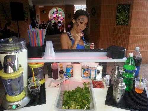 servicio de cocteleria frozen smoothies y barra móvil