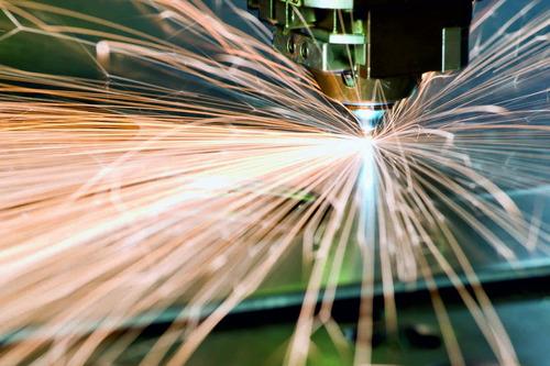 servicio de corte laser metal. área de trabajo 300 x 150 cm