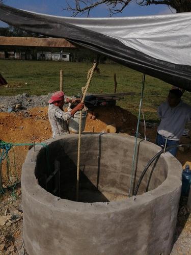servicio de detección de agua para hacer pozos