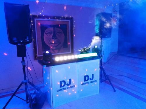 servicio de dj, sonido e iluminación para fiestas y eventos.