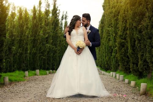 servicio de fotografía y video profesional bodas,15 años etc