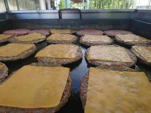 servicio de hamburguesa, super pancho  taco y waffles party