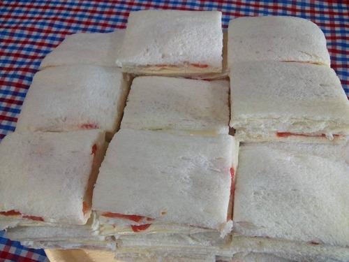 servicio de lunch y mesas dulces
